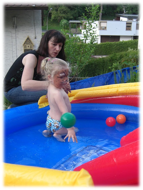 Virginia und ich beim Planschen im Playcenter