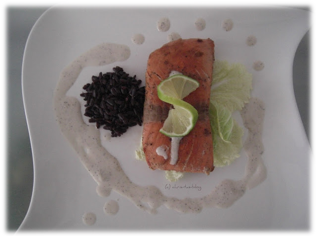 Lotao-Reisspezialität zu Lachs