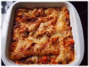 Frisch aus dem Ofen - Leckere Lasagne