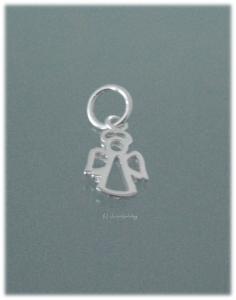 kleiner Schutzengelanhänger aus Silber