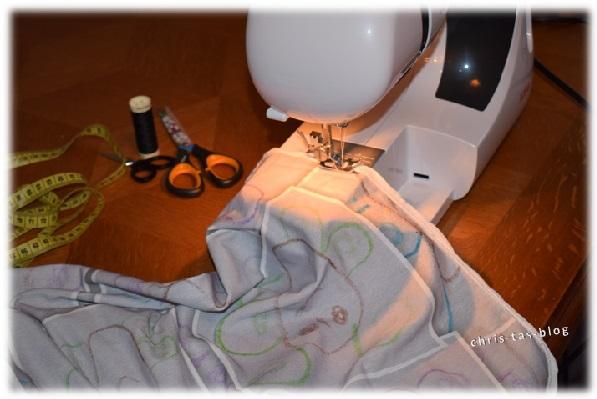 DIY Kissenbezug einsäumen