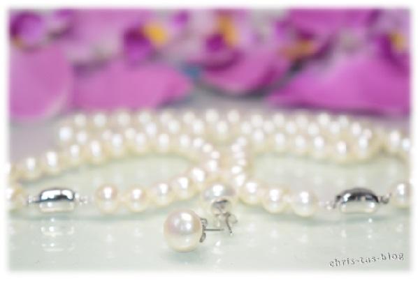 Perlenset von VIKI LYNN