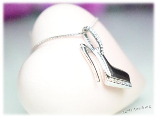 Aufhängung Halskette J. Rosée
