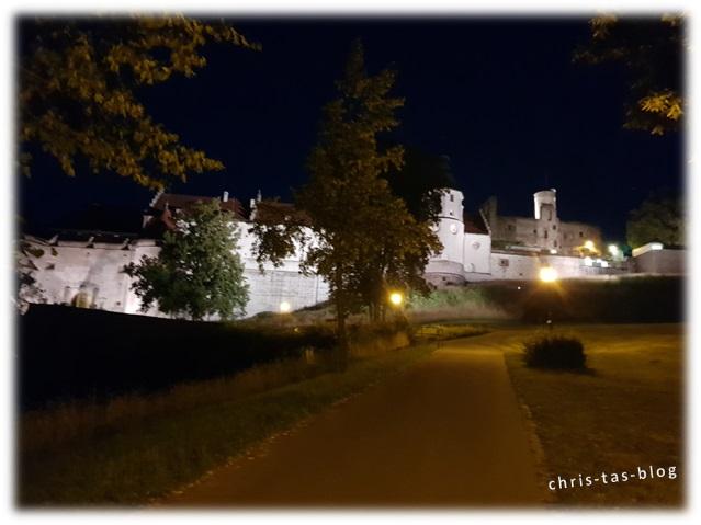 Schloss Hellenstein bei Nacht