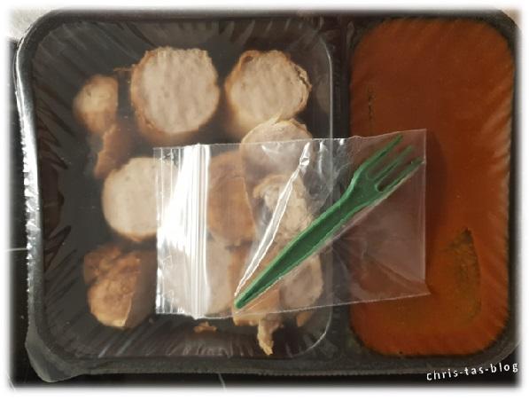 Currywurst in Mikrowellenschale