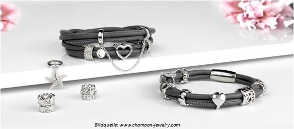 Lederarmbänder mit Charms von chamoon-jewelry.com