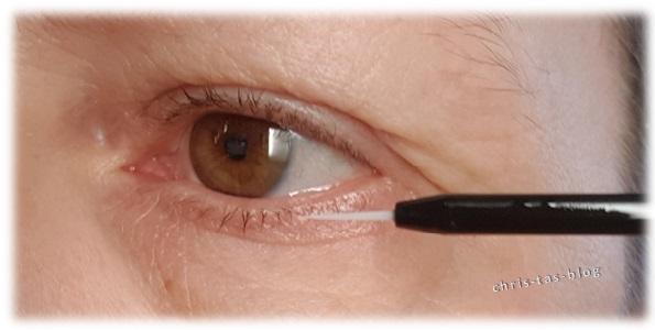 Lashcocain Wimpernbooster am Lidrand auftragen