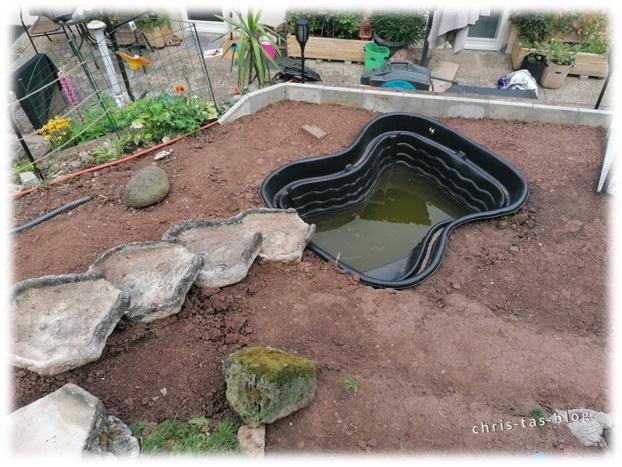 Der Gartenteich ist angelegt