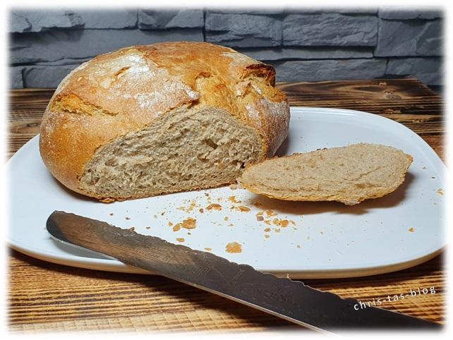 frisches Brot vom Dinkelbäcker Dümig