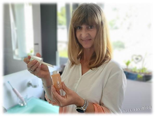 Glasflakon Daily Vitamin C Serum von Omorovicza