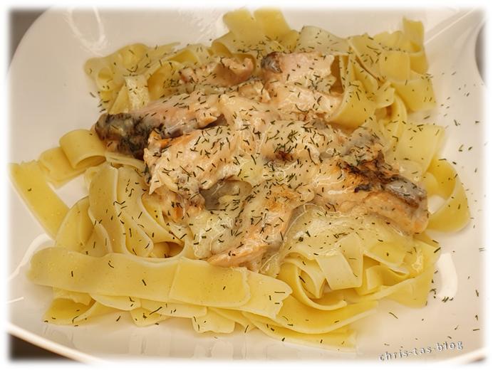 Pasta mit Lachs und Dill