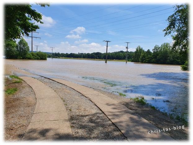 Radweg überflutet Wiesengrund Neustadt Aisch