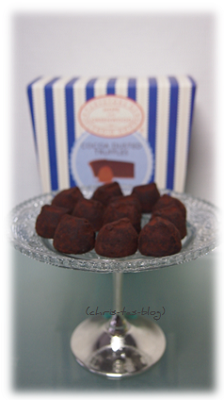 Cocoa Dusted Truffles von Hope and Greenwood