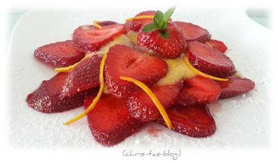Erdbeerdessert mit Orangencreme