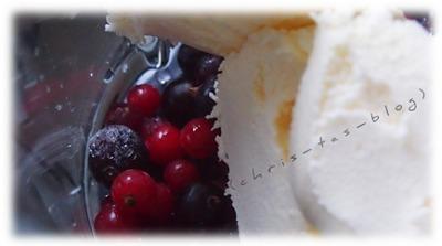Gefrorene Früchter im Mixer