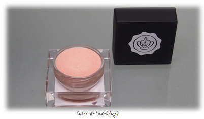 Kyrolan for Glossybox Highlightr Cashmere