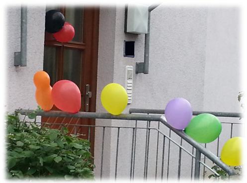 Luftballons am Eingang