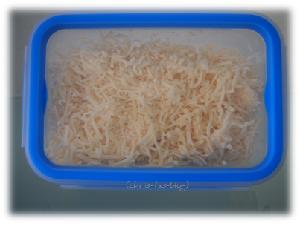 Käse in der Clip & Close Dose von Emsa