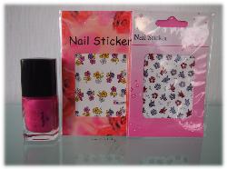 Nagellack und Sticker von Profi-Nail-Products