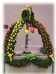 hübsche Osterbrunnen in Mittelfranken