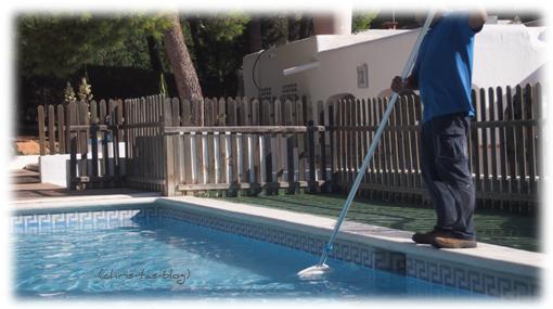 Reinigung Poolanlage Club Cala Llenya Ibiza