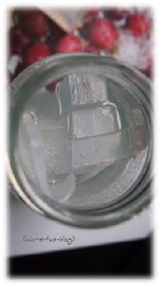 Seife in einem Glas schmelzen