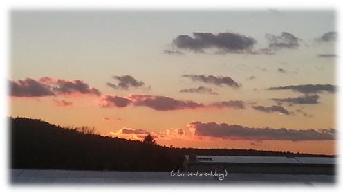 Sonnenuntergang im Spätherbst