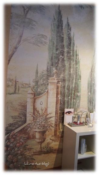 Wandmalerei im Kosmetikstudio