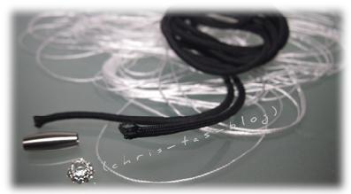 Zubehör für ein Fallschirmschnur-Armband
