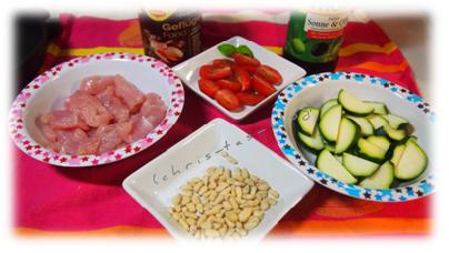 Zutaten Hähnchen-Pfanne mit Zucchini und Datteltomaten