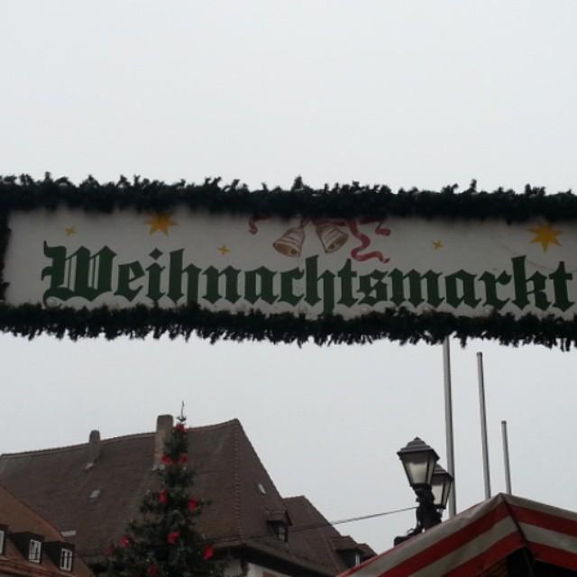 Auf zu Gluehwein und Bratwurst... #christmas #weihnachten #instalike #instaphoto #like4like#gluehwein