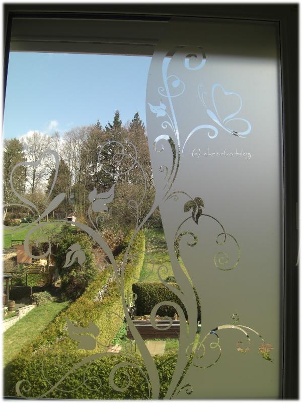 das fertige Glastattoo am Fenster