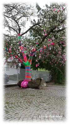 behäkelter Baum Fränkische Schweiz