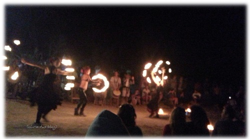 Feuershow am Strand Cala Benirras