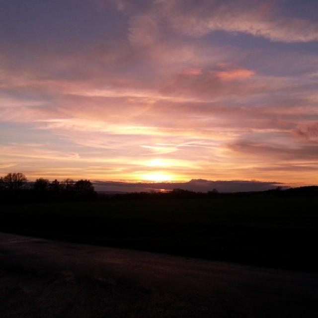 Amazing... #instalike #instaphoto #like4like #naturepic #nature #sunset