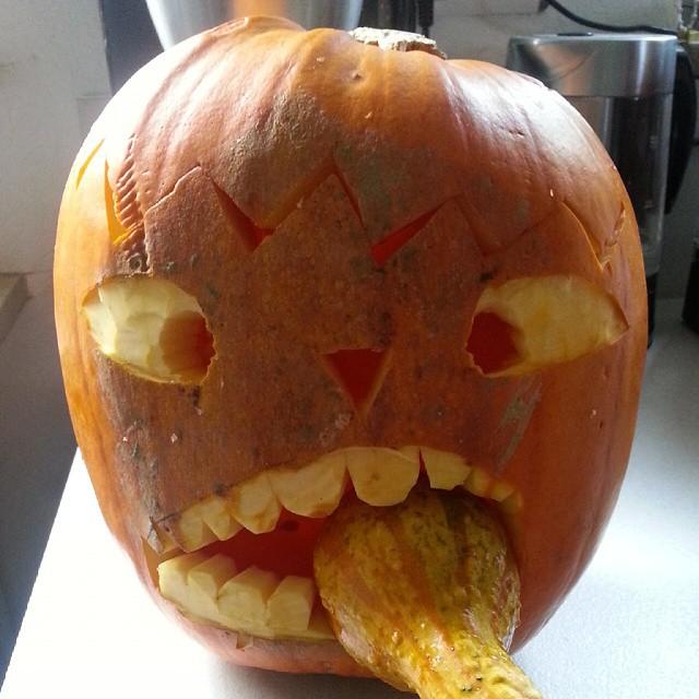Halloween kuerbis ist fertig #halloween #kuerbisse #instalike #instaphoto #like4like
