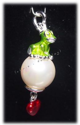 green froggy von heartbreaker