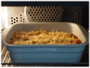 Lasagne mit Käse überbacken