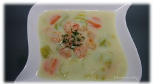 leckere Cremesuppe mit Shrimps