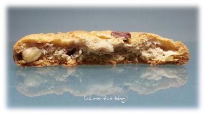 leckere Nuss- und Schokoladenstücke im Cookie von DeBeukelaer