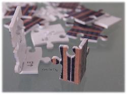 Plastik-Puzzle-Teile zum Knicken