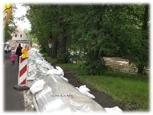 Neustädter Kerwa 2013 vor Hochwasser geschützt