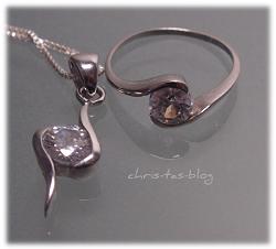 Mein Schmuckset - Ring und Anhänger mit Zirkonia