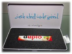 schokibox mit leckerer Schokolade gefüllt
